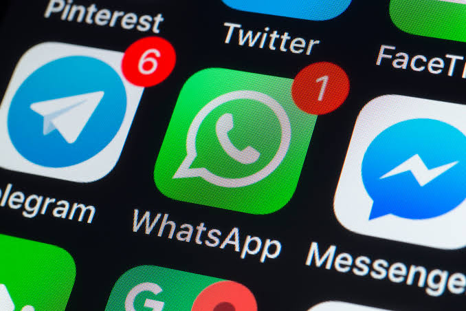 WhatsApp's new feature ensures images sent go to the right contacts